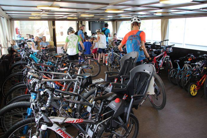 Autofreier Tag 2018 - Fahrräder am Schiff