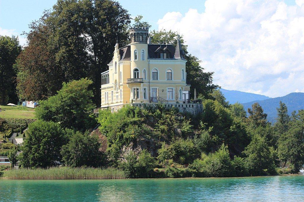 Schloss Reifnitz